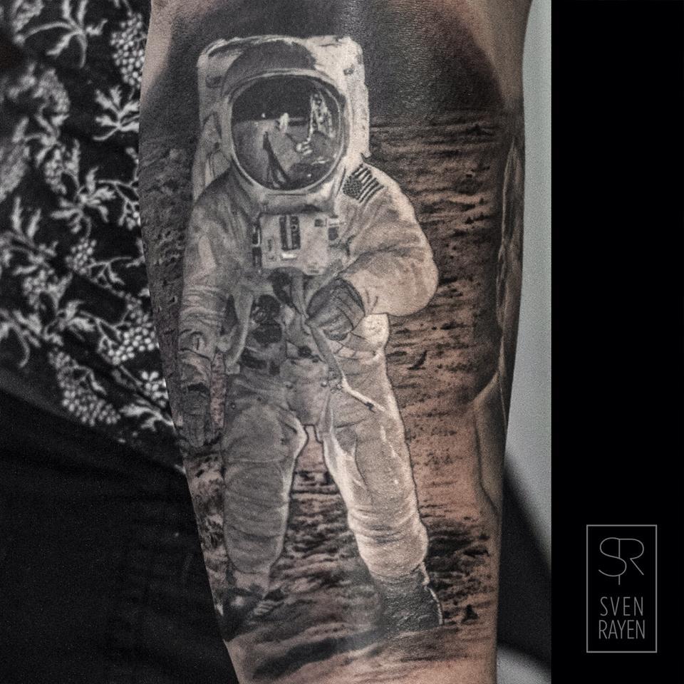 Sven Rayen, tattoo artist - the vandallist (12)