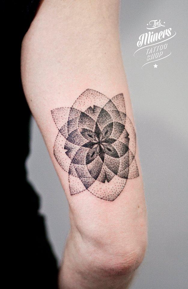 Bianka Szlachta, tattoo artist - the vandallist (18)