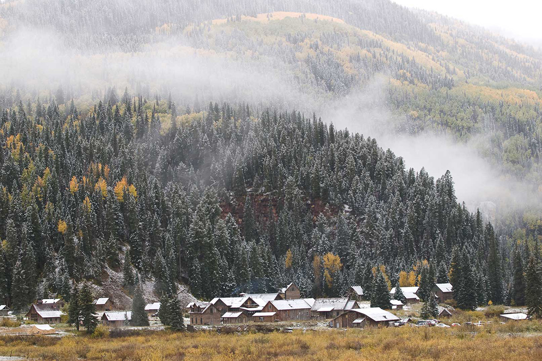Breathtaking landscapes in Dunton Hot Spring Resort, Colorado - the vandallist (1)