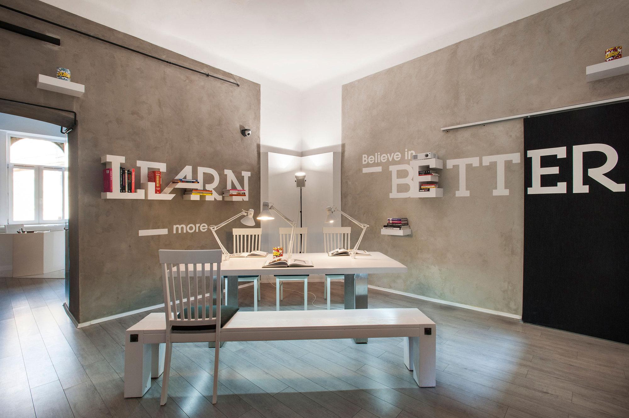 Dekoratio Branding & Design Studio in Budapest - the vandallist (22)