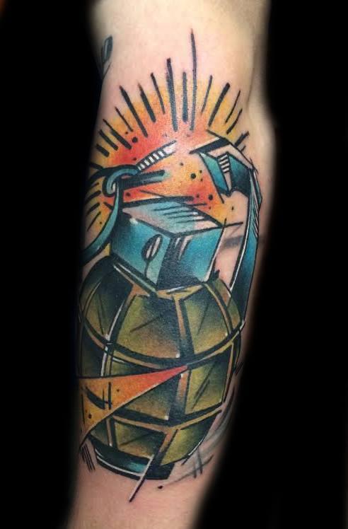 Hollywoood, tattoo artist - the vandallist (11)