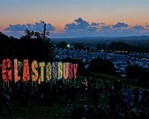 Pharrell Williams, Kanye West, Jamie XX and more at Glastonbury Festival | VIDEO