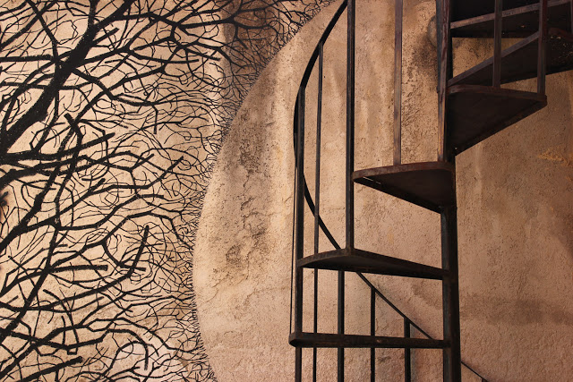 Pablo S. Herrero unveils a new mural in Sapri, Italy - THE VANDALLIST (2)