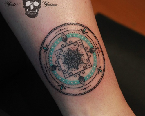 Simona Borstnar, tattoo artist
