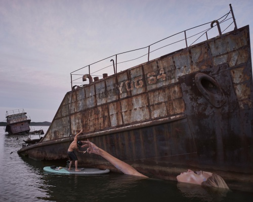 Artist Sean Yoro creates seaside murals which come around with the tide