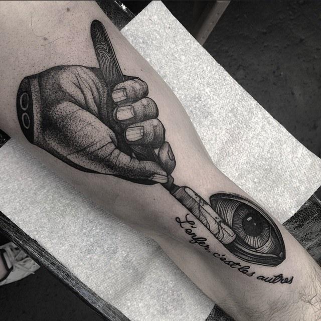 Kelly Violet, tattoo artist - the vandallist (15)