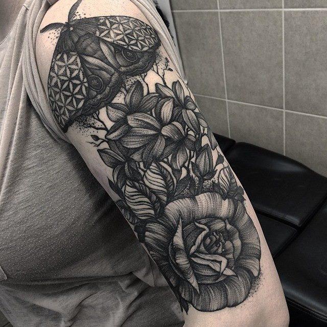 Kelly Violet, tattoo artist - the vandallist (5)
