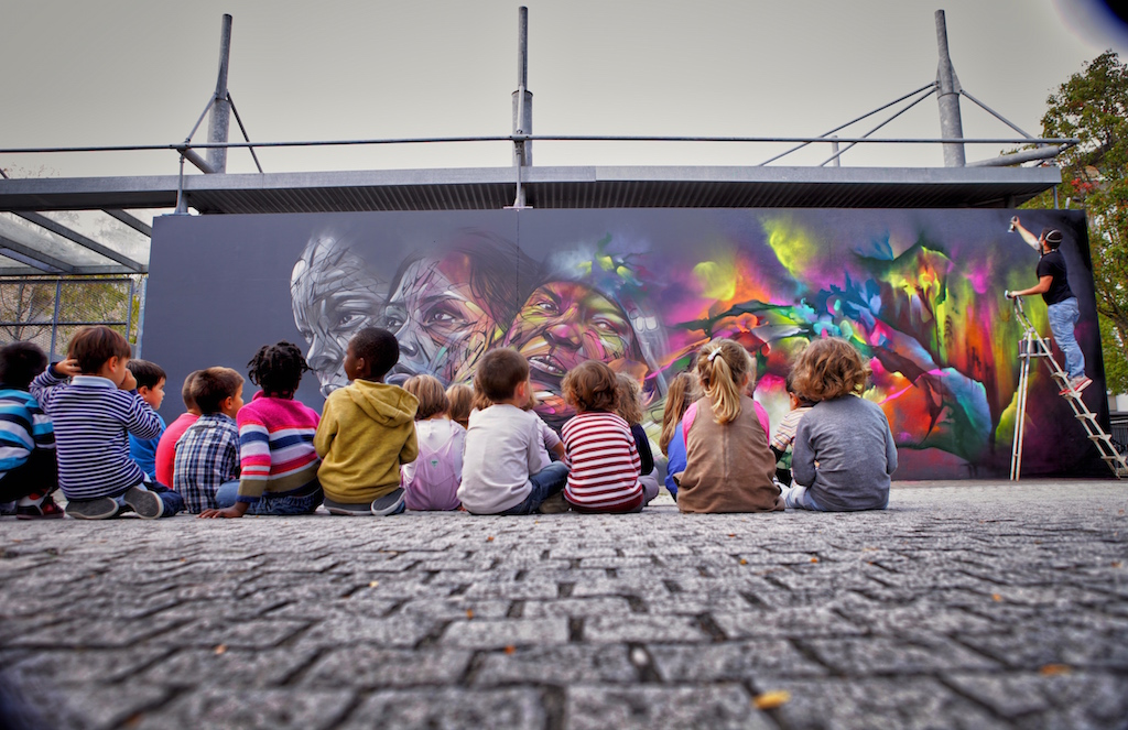 Hopare paints over the dullness of the streets - the vandallist (1)