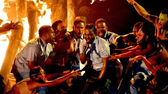 Kendrick Grammys 2016 - the vandallist (2)