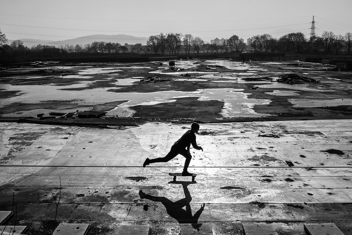 skateboard photo noir et blanc
