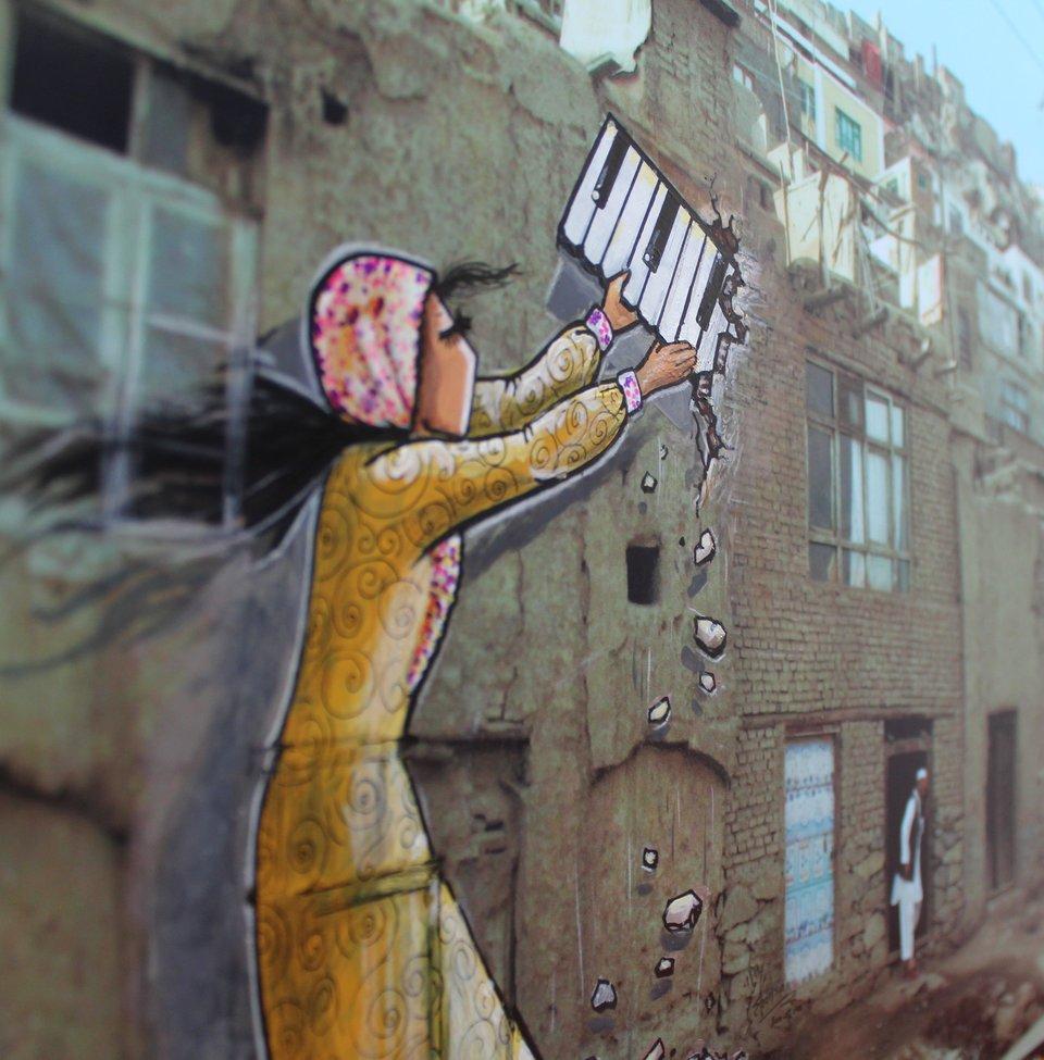 Afghanistan's First Female Street Artist - THE VANDALLIST (3)