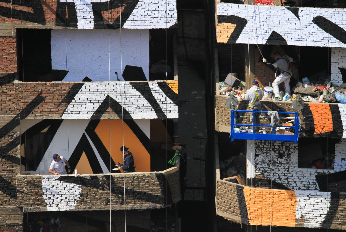 IN A CENSORED CAIRO MURAL BRINGS HOPE TO ITS ARTIST - the vandallist (11)