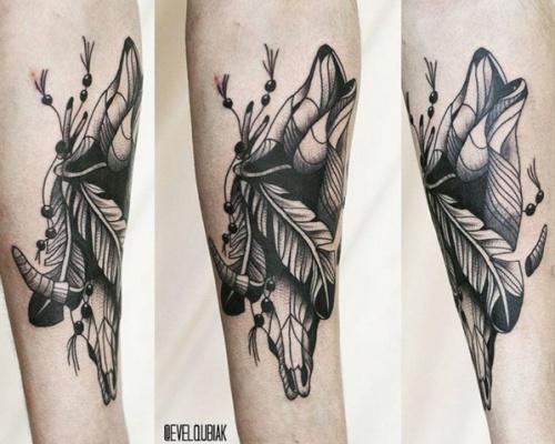 Evel Qbiak, tattoo artist