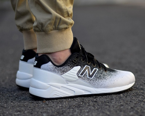 New Balance 580 gets the OREO look