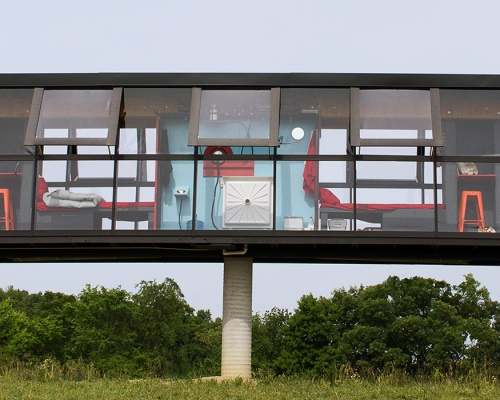 'ReActor' house rotates atop a concrete column