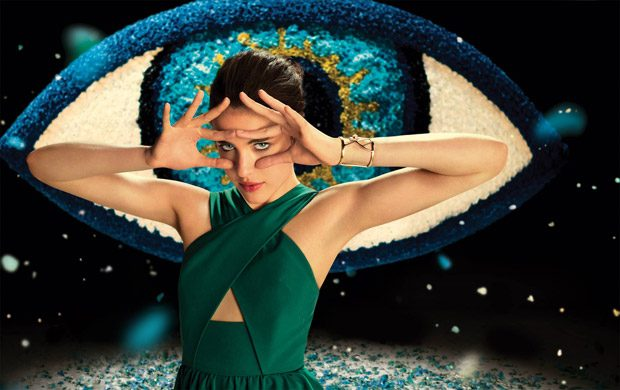 SPIKE JONZE creates KENZO WORLD Perfume ad. And it's out of this world!