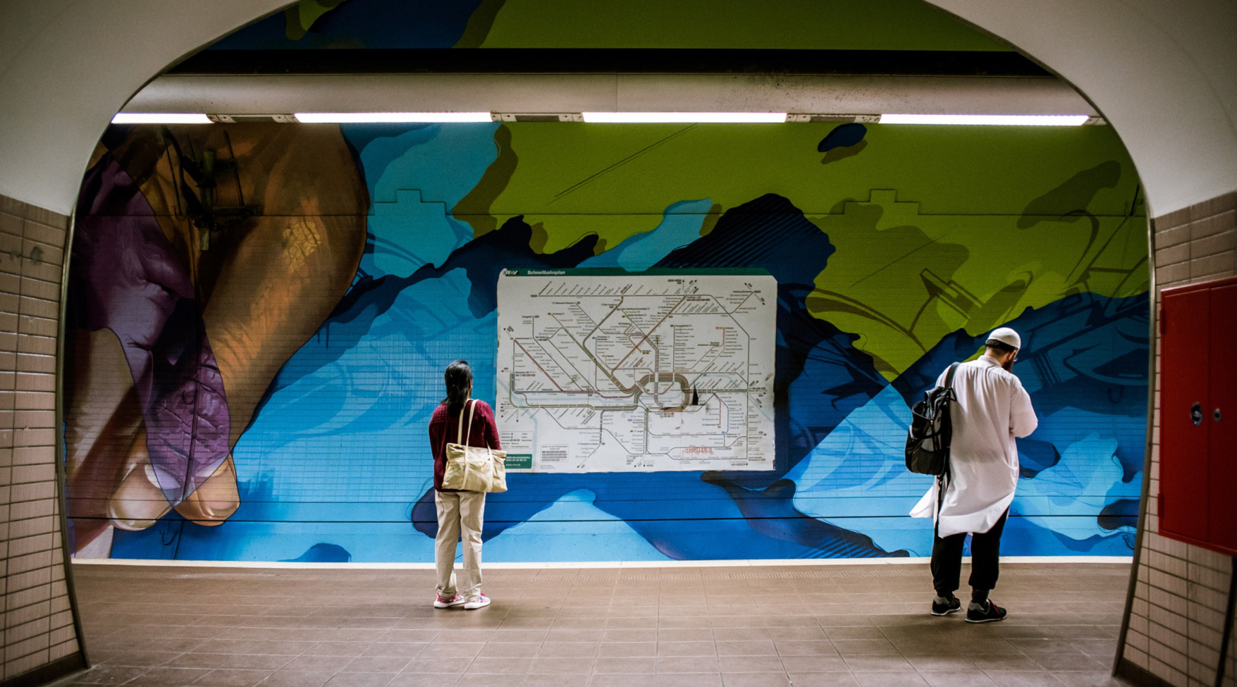 40-day subterranean project in Frankfurt - by DOES
