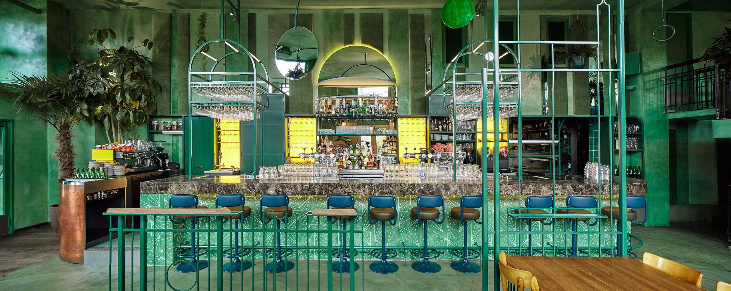 Bar Botanique - Amsterdam's tropical rainforest