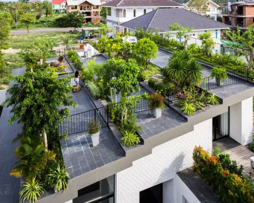 The green house in Nha Trang – by Vo Trong Nghia Architects + ICADA