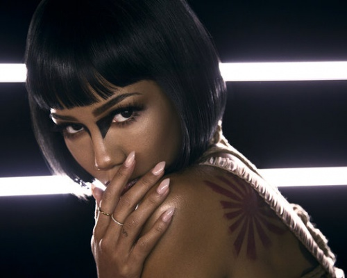 "Jhene Aiko ""Maniac"" Music Video"