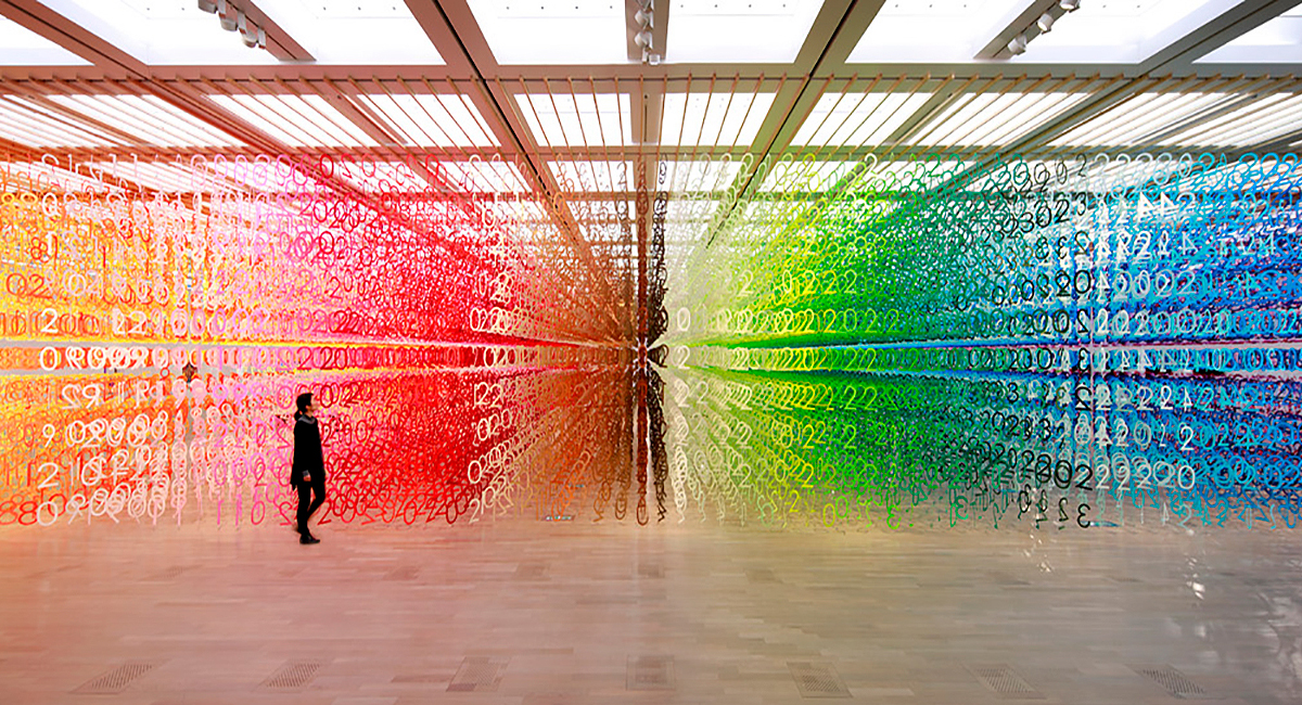 Count the rainbow numbers - installation by Emmanuelle Moureaux