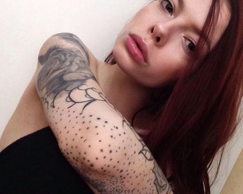 Slavena Vena, tattoo artist
