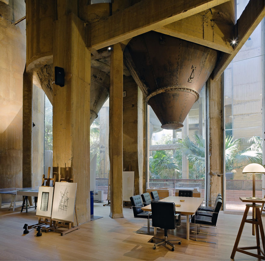 Cement factory outside Barcelona turned into home
