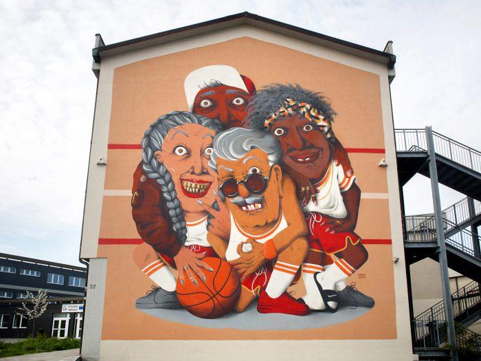 """ALL IN ALL WIN"" by Marina Capdevila in Bergamo, Italy - the vandallist (1)"
