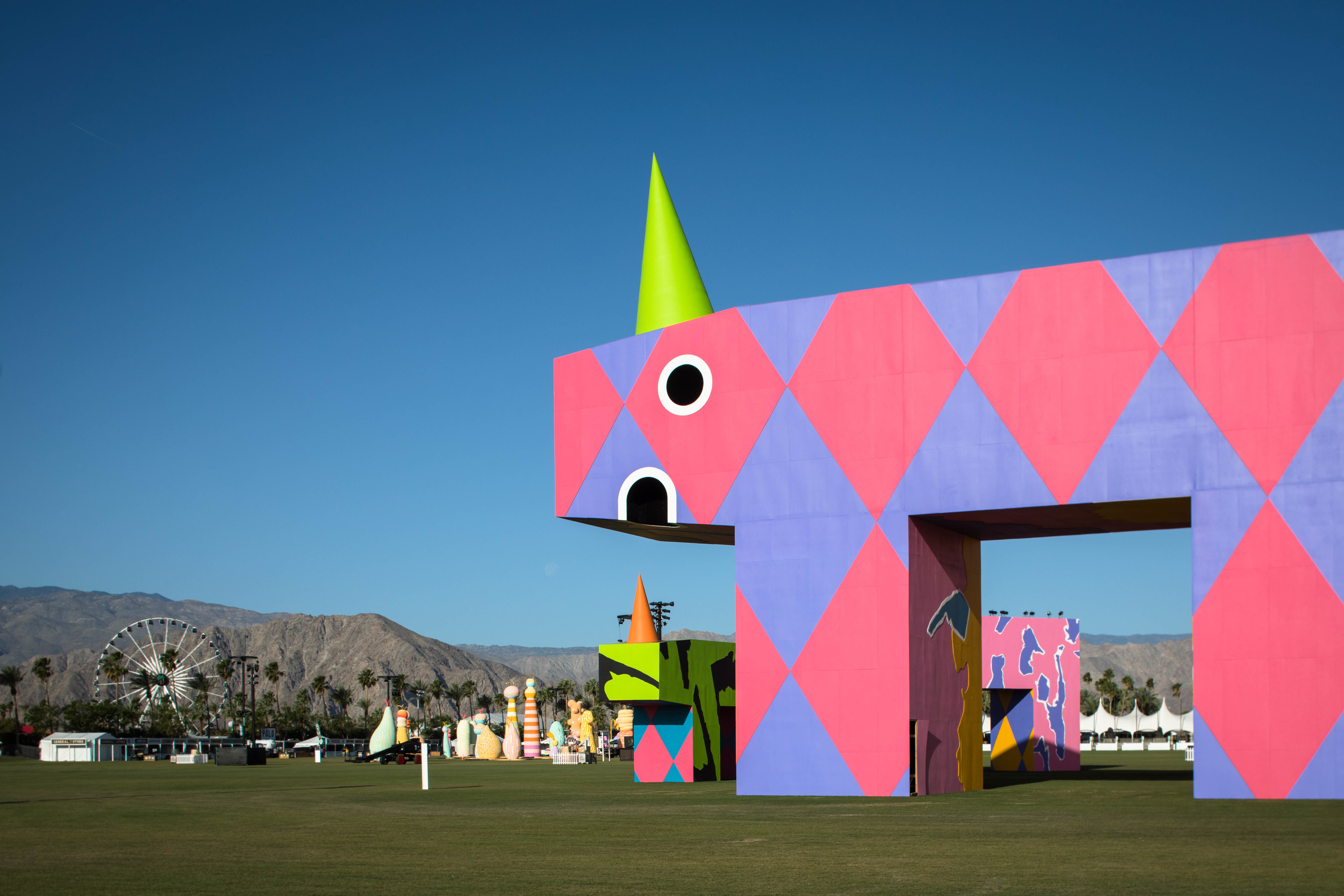 Coachella 2017's art installations - prepare to be amazed!