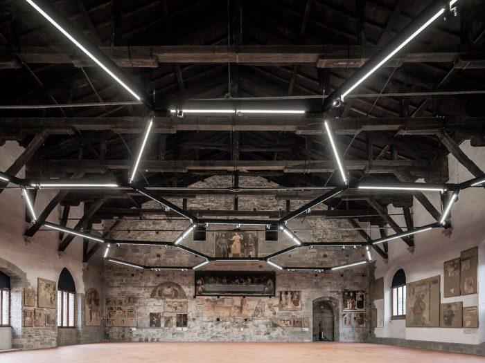 Sala delle Capriate at Palazzo della Ragione by CN10 architetti - the vandallist (6)