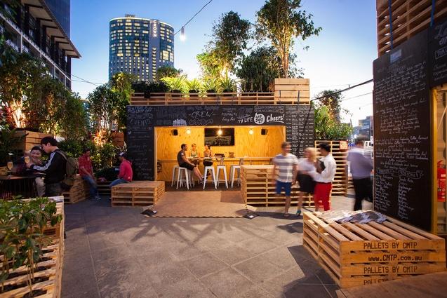 Checkin urban coffee farm and brew bar for Home design e decor shopping