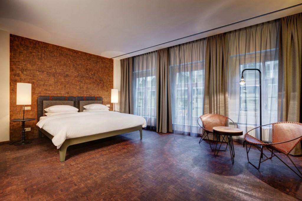 Hotel-V-Nesplein-13-1150x766