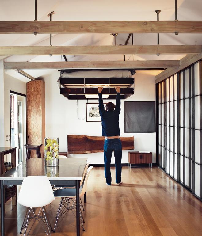 hollywood-cabin-interior-bedroom