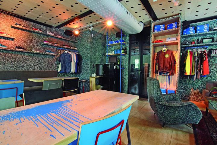 Adidas-Originals-Pop-Up-Store-by-Tavares-Duayer-Rio-de-Janeiro-Brazil-09-