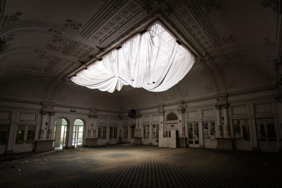 Romain Veillon - Vlist - abandoned places (14)