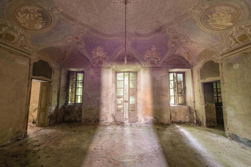 Romain Veillon - Vlist - abandoned places (5)