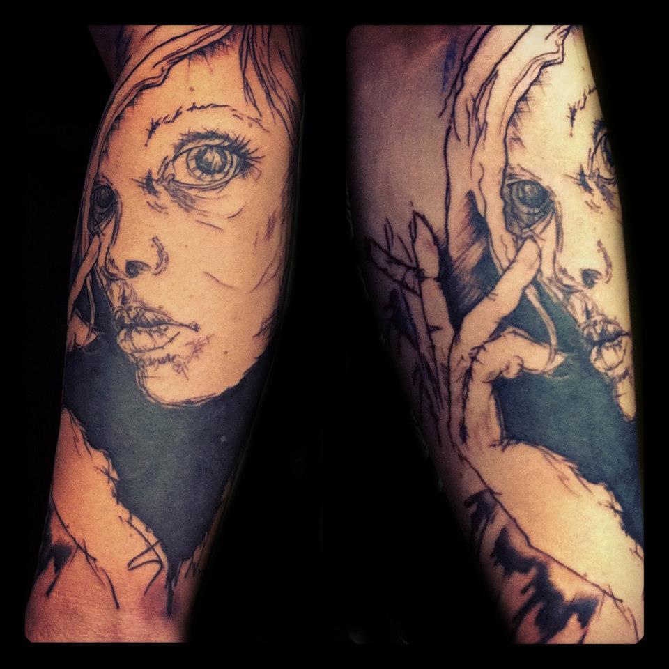 Melanie, Inky & Stretchy Tattoo (16)