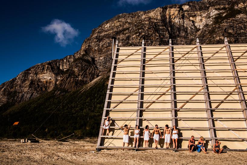 Enjoy the silence in a sauna, Sandhornoya - the vandallist (10)