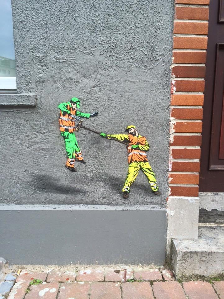 The Small World of JAUNE - the vandallist (1)