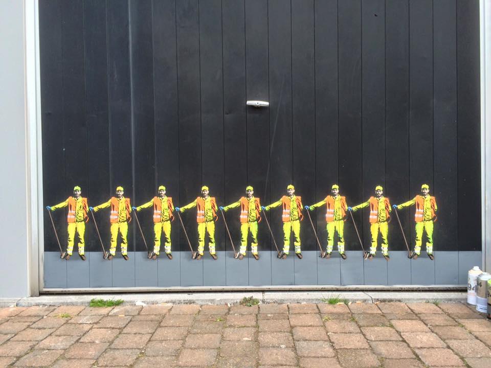 The Small World of JAUNE - the vandallist (4)